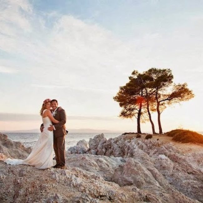 agnondas-beach-perfect-for-newlywed-pictures