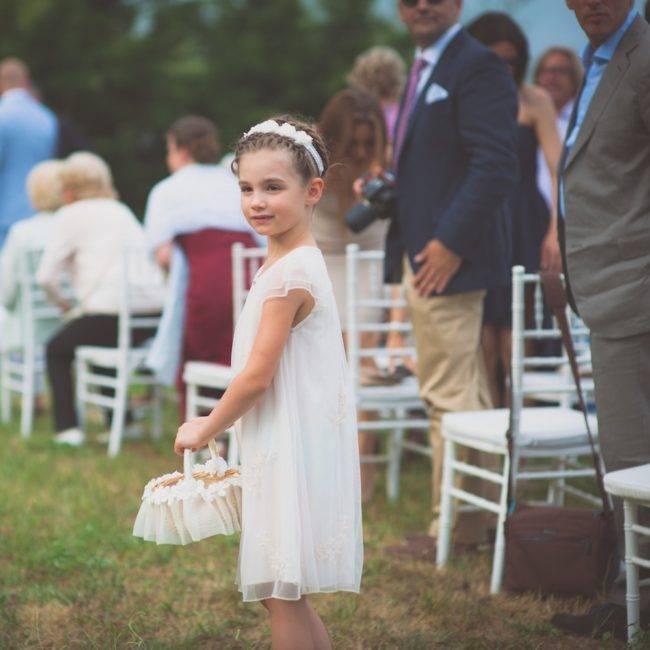 a-sweet-flower-girl-wedding-ceremony-Halkidiki