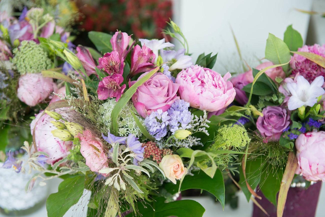 purple-flower-arrangement-Halkidiki-wedding