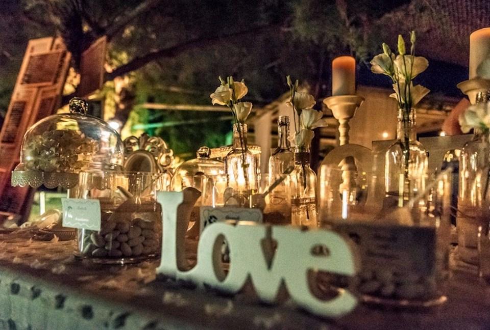 candy-bar-mediterranean-wedding