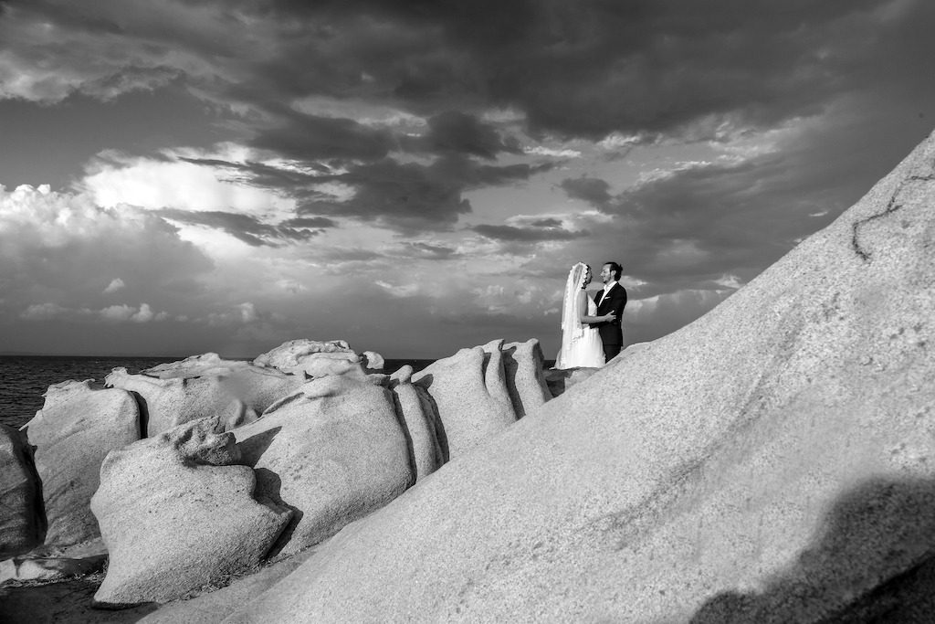 modern-beach-wedding-photography