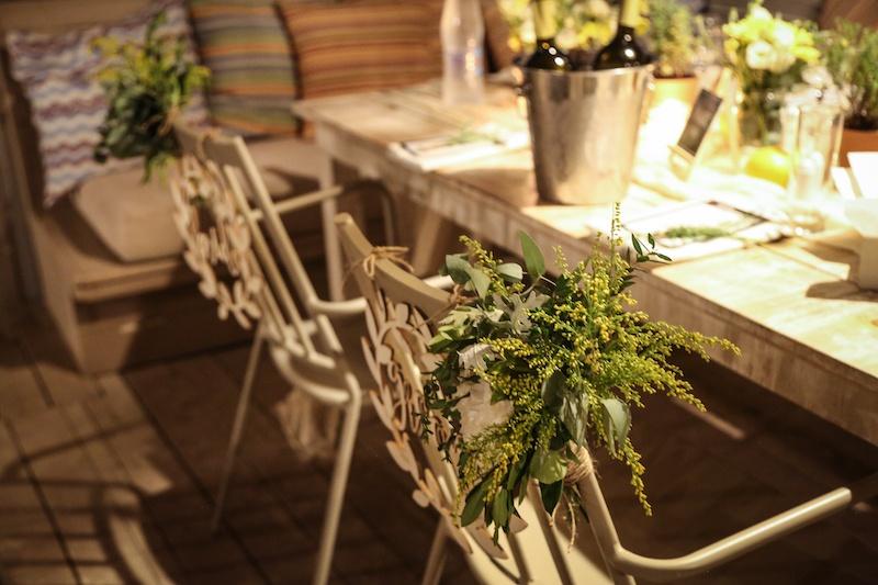 beach-wedding-table-setting